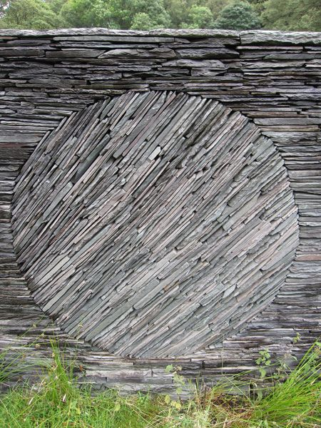 stone piece by Andy Goldsworthy