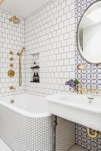 ensemble-bathroom.jpg