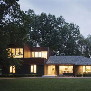 an exterior made distinctive | 7.29.2013