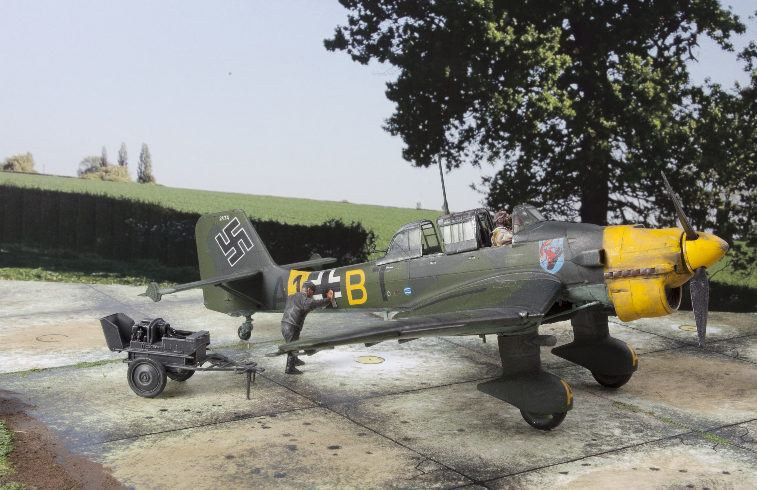Messerschmitt 109 & Stuka 2.jpg