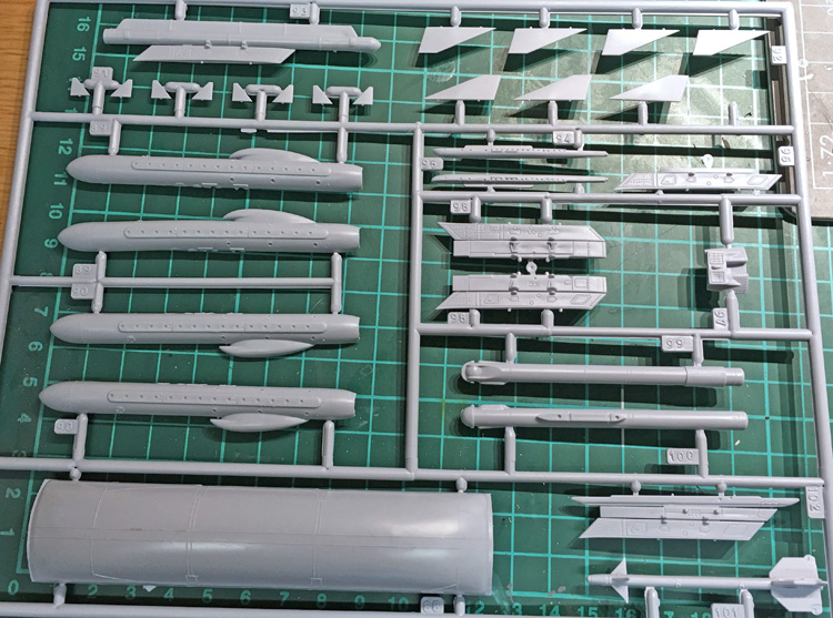3 BN-Ac-Trumpeter-F-14D Super Tomcat, 1.32.jpg