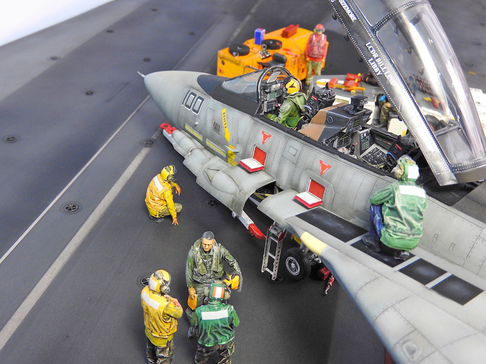 57 BN-Ac-Trumpeter-F-14D Super Tomcat, 1.32.JPG