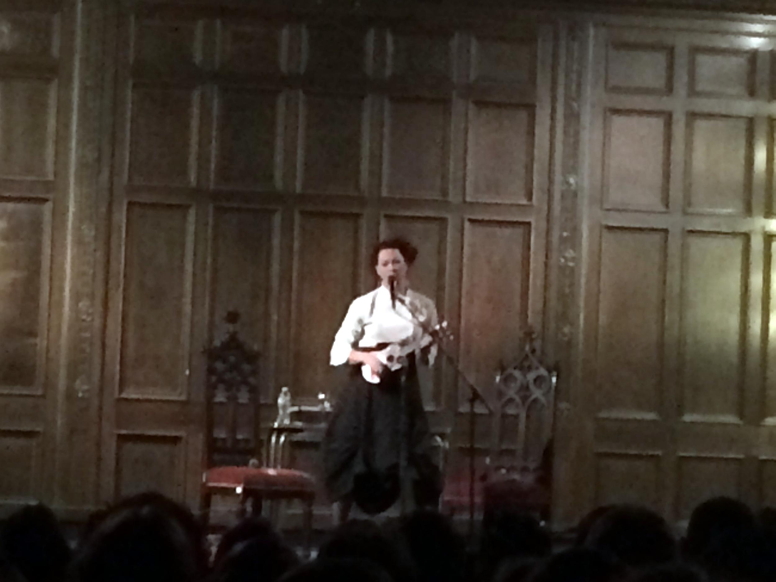 Amanda Palmer and her ukulele