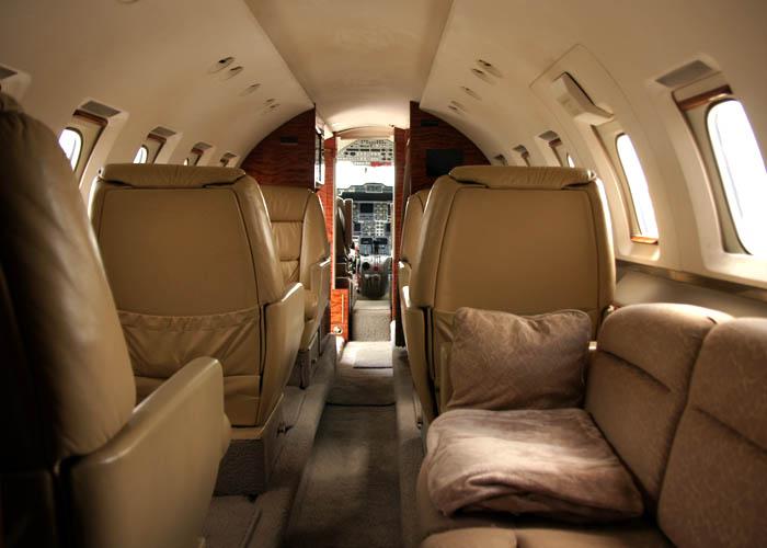 N337WR-Interior.JPG