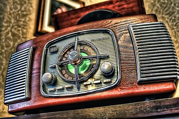 oldradios-25.jpg