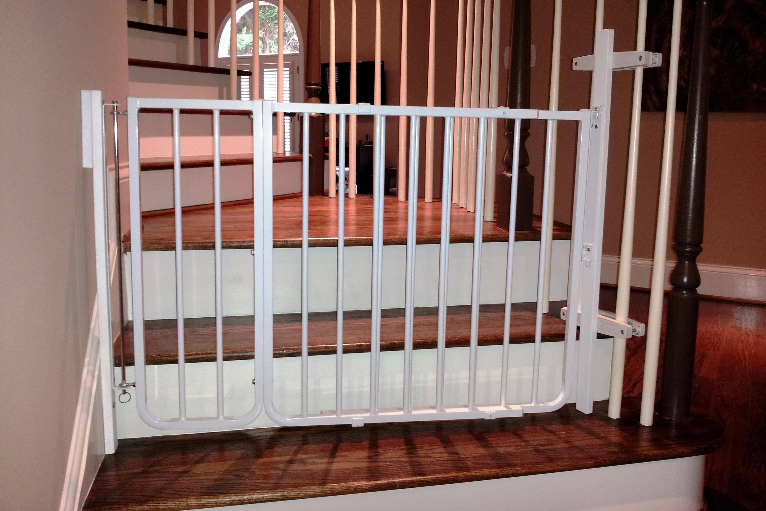 Web gate.jpg