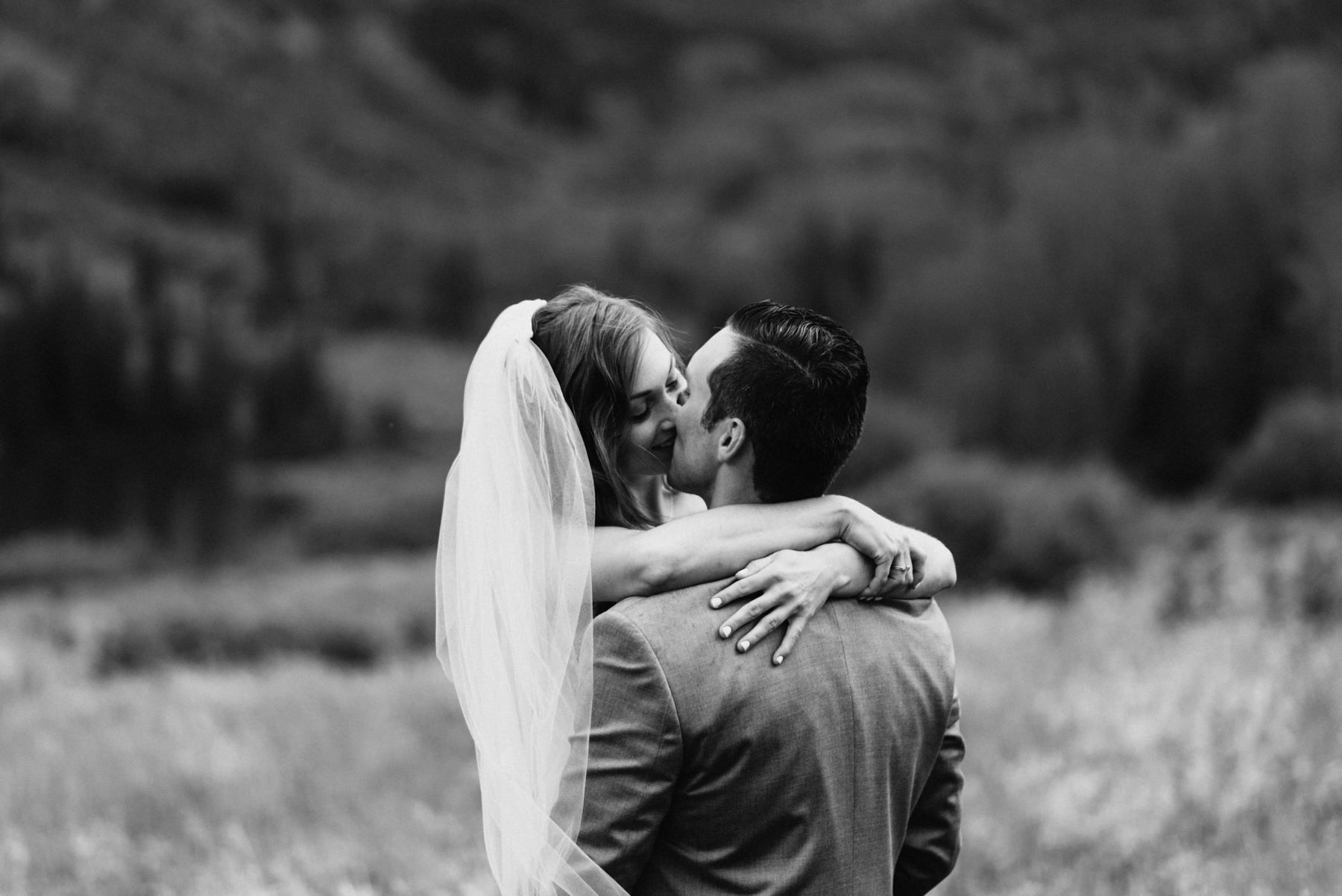 Heather and Darron embracing after their Maroon Bells Elopement. There was so much love that day, despite the rainy wedding ceremony. The Colorado mountains are an amazing place to elope, with so much beauty. Definitely one of my favorite Aspen destination elopements!