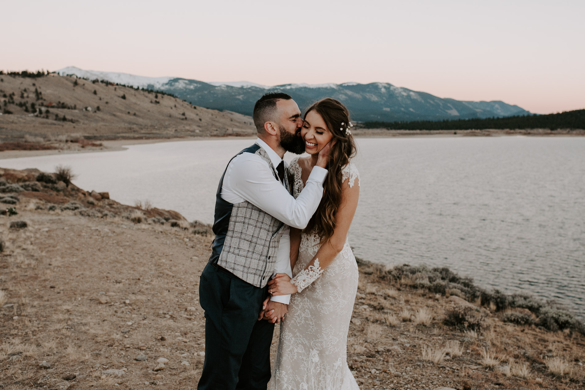 wolf-den-wedding-wolf-den-twin-lakes-aspen-wedding-aspen-wedding-photography-Adventure-elopement-photographer-Adventure-wedding-photographer-Destination-wedding-Destination-elopement-Destination-wedding-photography-Destination-wedding-photographer-Teresa-Woodhull-Intimate-Wedding-Photography-Teresa-Woodhull-Intimate-Wedding-Photographer-Teresa-Woodhull-Elopement-Photography-Teresa-Woodhull-Elopement-Photographer-Elopement-Photography-Intimate-Elopement-Photographer-Intimate-Elopement-Photography-Elopement-Wedding-Weddings-Elope-Elopements-Intimate-Weddings-Adventure-Weddings-Adventure-Wedding-Photograph-Adventure-Wedding-Photograph-002