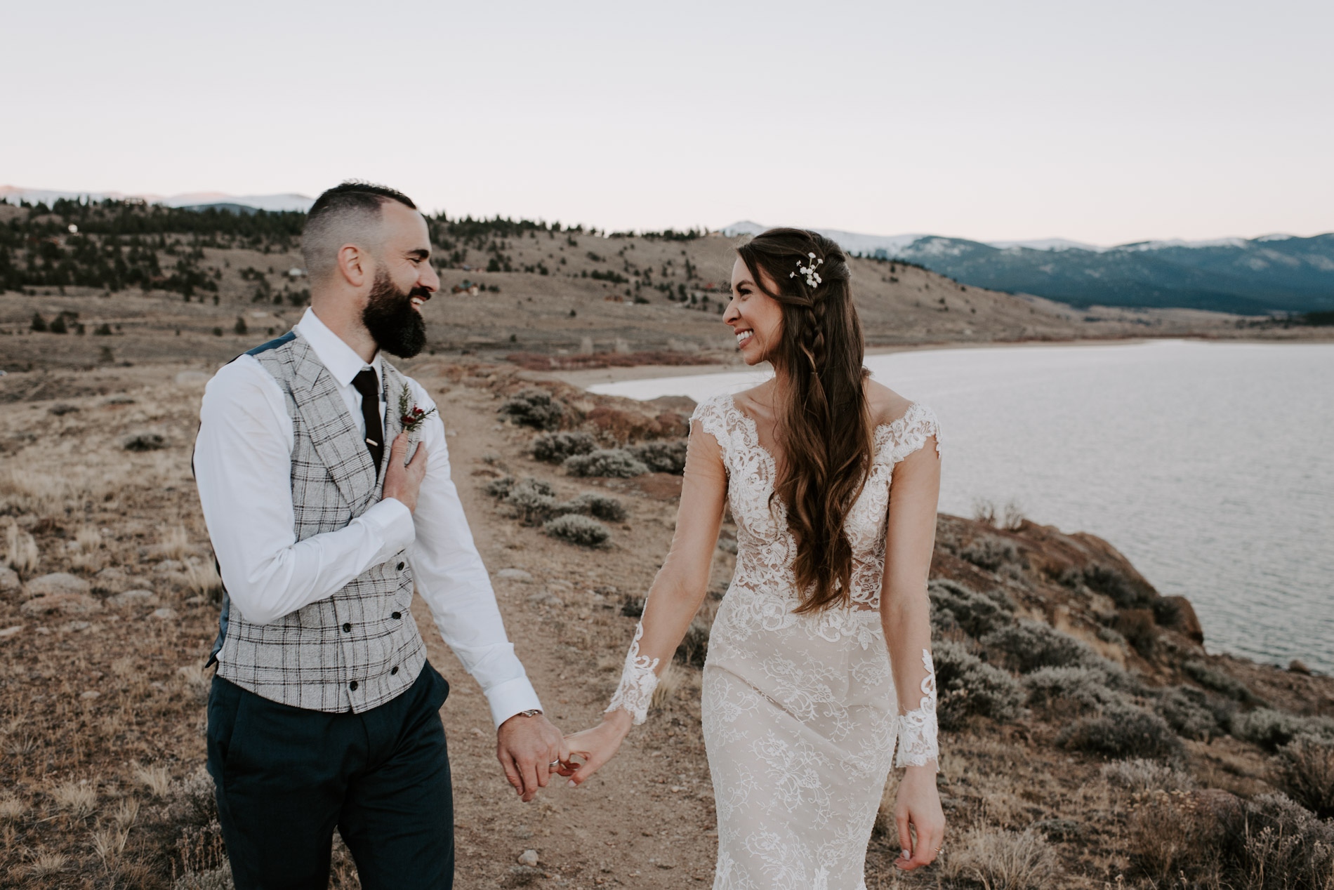 wolf-den-wedding-wolf-den-twin-lakes-aspen-wedding-aspen-wedding-photography-Adventure-elopement-photographer-Adventure-wedding-photographer-Destination-wedding-Destination-elopement-Destination-wedding-photography-Destination-wedding-photographer-Teresa-Woodhull-Intimate-Wedding-Photography-Teresa-Woodhull-Intimate-Wedding-Photographer-Teresa-Woodhull-Elopement-Photography-Teresa-Woodhull-Elopement-Photographer-Elopement-Photography-Intimate-Elopement-Photographer-Intimate-Elopement-Photography-Elopement-Wedding-Weddings-Elope-Elopements-Intimate-Weddings-Adventure-Weddings-Adventure-Wedding-Photograph-Adventure-Wedding-Photograph-aspen-elopement-nik-tani