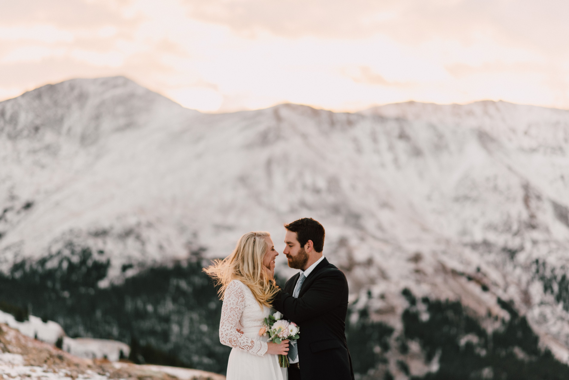independence-pass-elopement