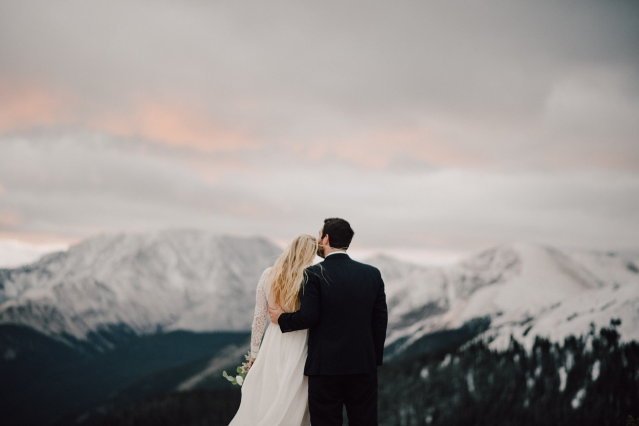 Colorado Elopement Photographer, Colorado Elopement Ideas, Colorado Mountain Elopement, Estes Park Elopement Photographer, RMNP Elopement, Rocky Mountain National Park Elopement, Denver Elopement Photographer, Boulder Elopement Photographer, Adventure Elopement in Colorado, Destination Elopement in Colorado, elopement ideas, elopement inspiration, adventure elopement, mountain elopement, places to elope, small wedding inspiration, sunrise elopement