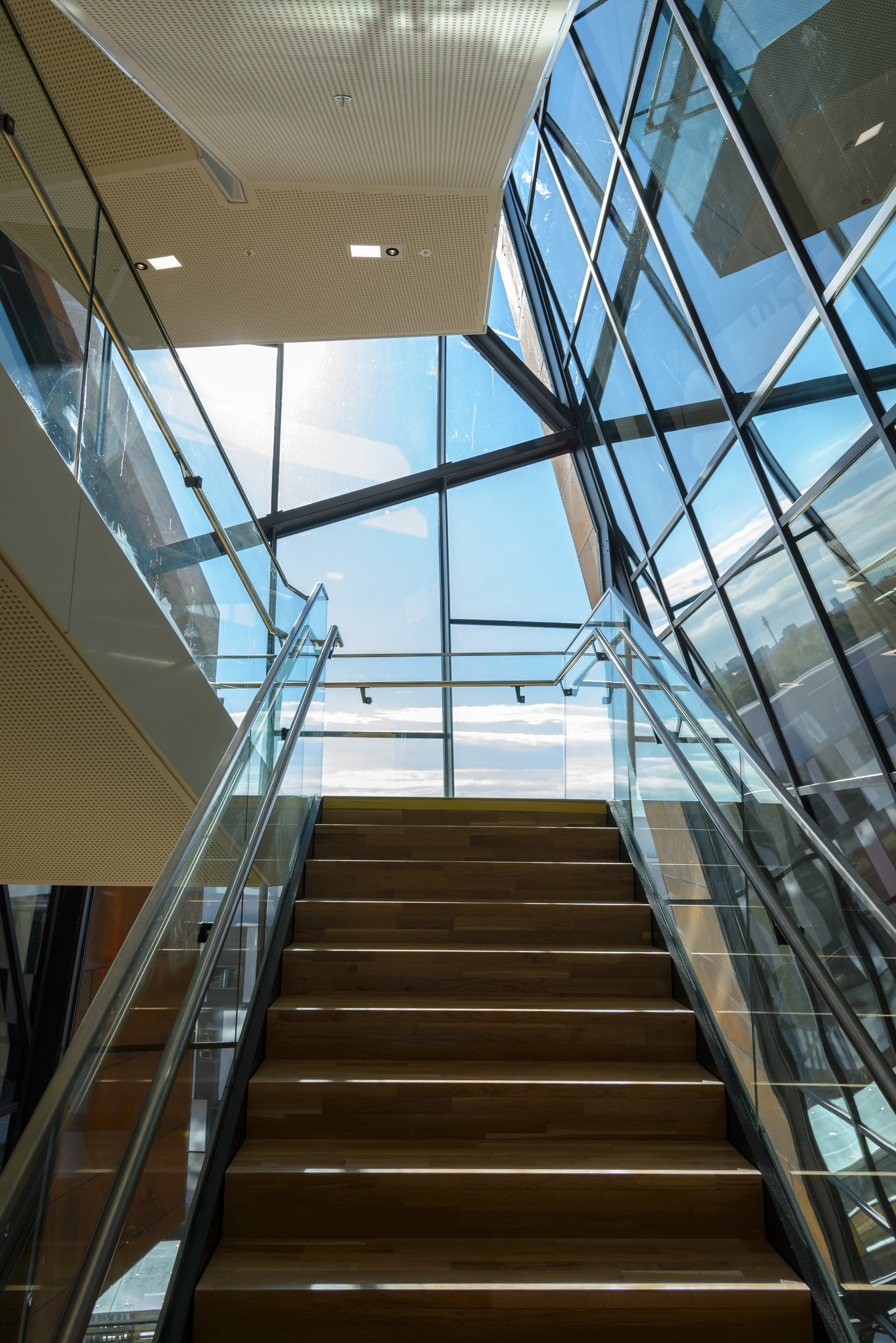 Library & Learning Center (LC) - Stair Case