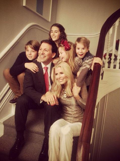 Aviva&Family.jpg