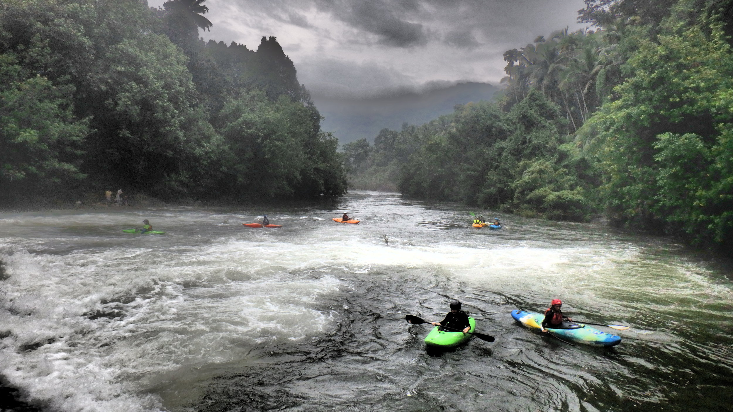 Kerala, kayaking in one of the most exotic location in the planet.
