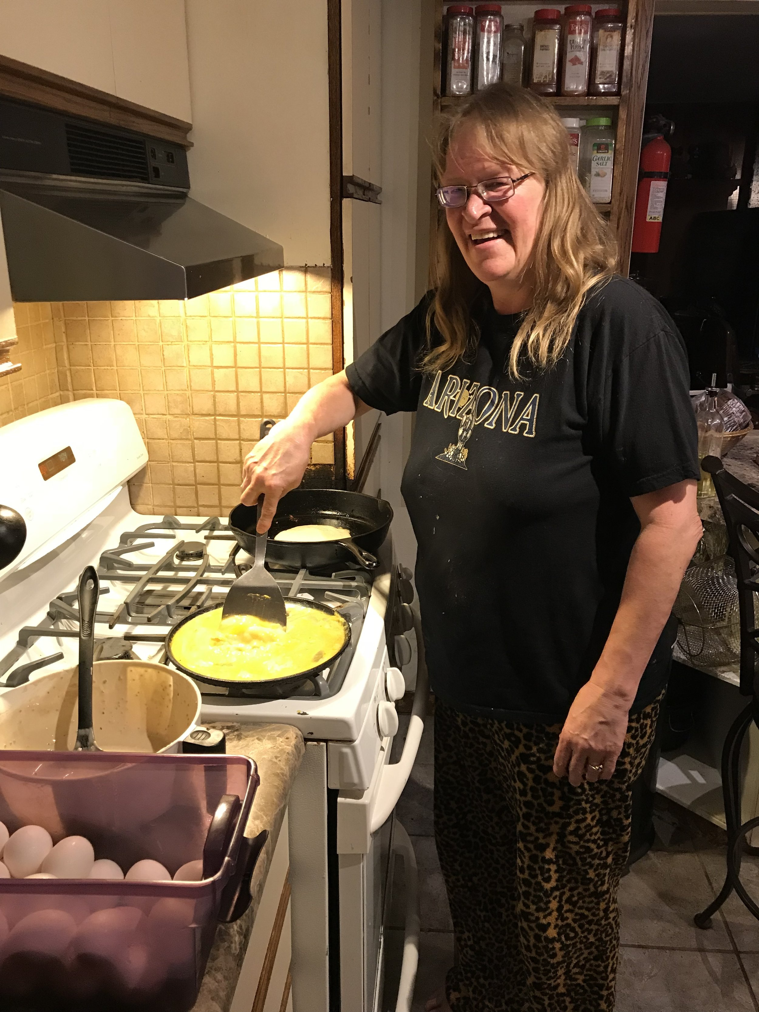 Our gracious host, Kim, cooking us an amazing breakfast: sourdough, chia, hemp pancakes and eggs.