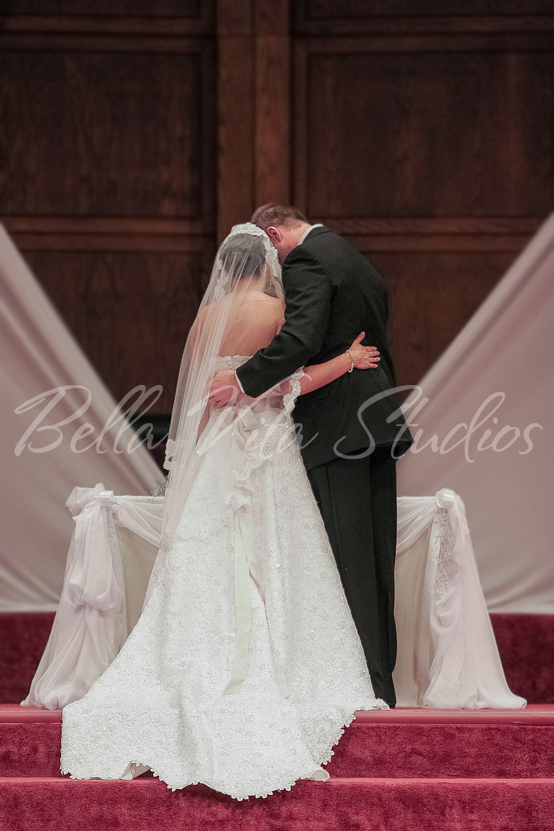 wedding-blackhaw-christian-church-fort-wayne-indiana-photographers-photography-photos-1000-1.jpg