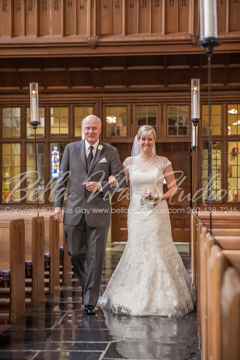 wedding-trinity-english-lutheran-church-fort-wayne-indiana-photographers-photography-engagement-1011