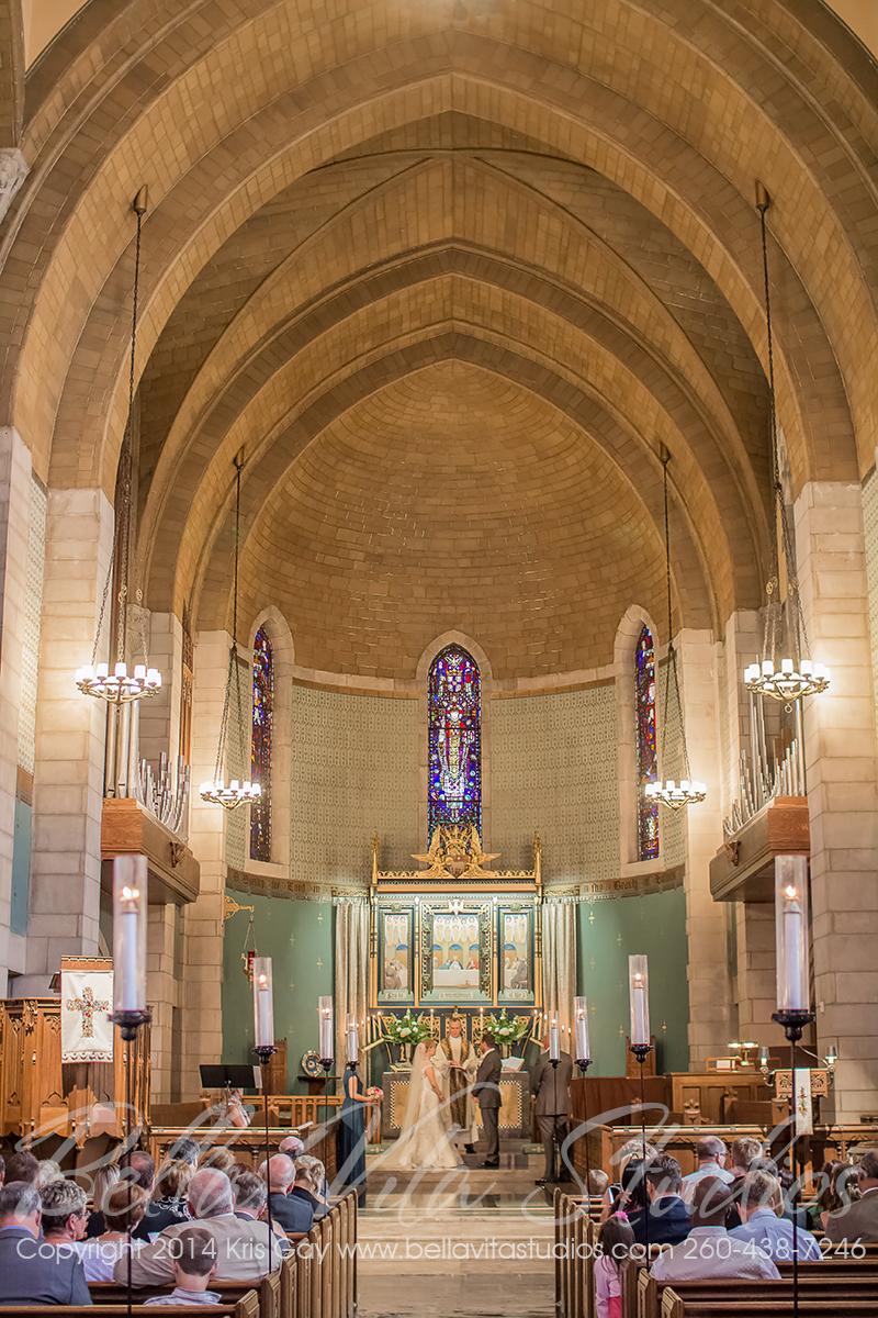 wedding-trinity-english-lutheran-church-fort-wayne-indiana-photographers-photography-engagement-1018