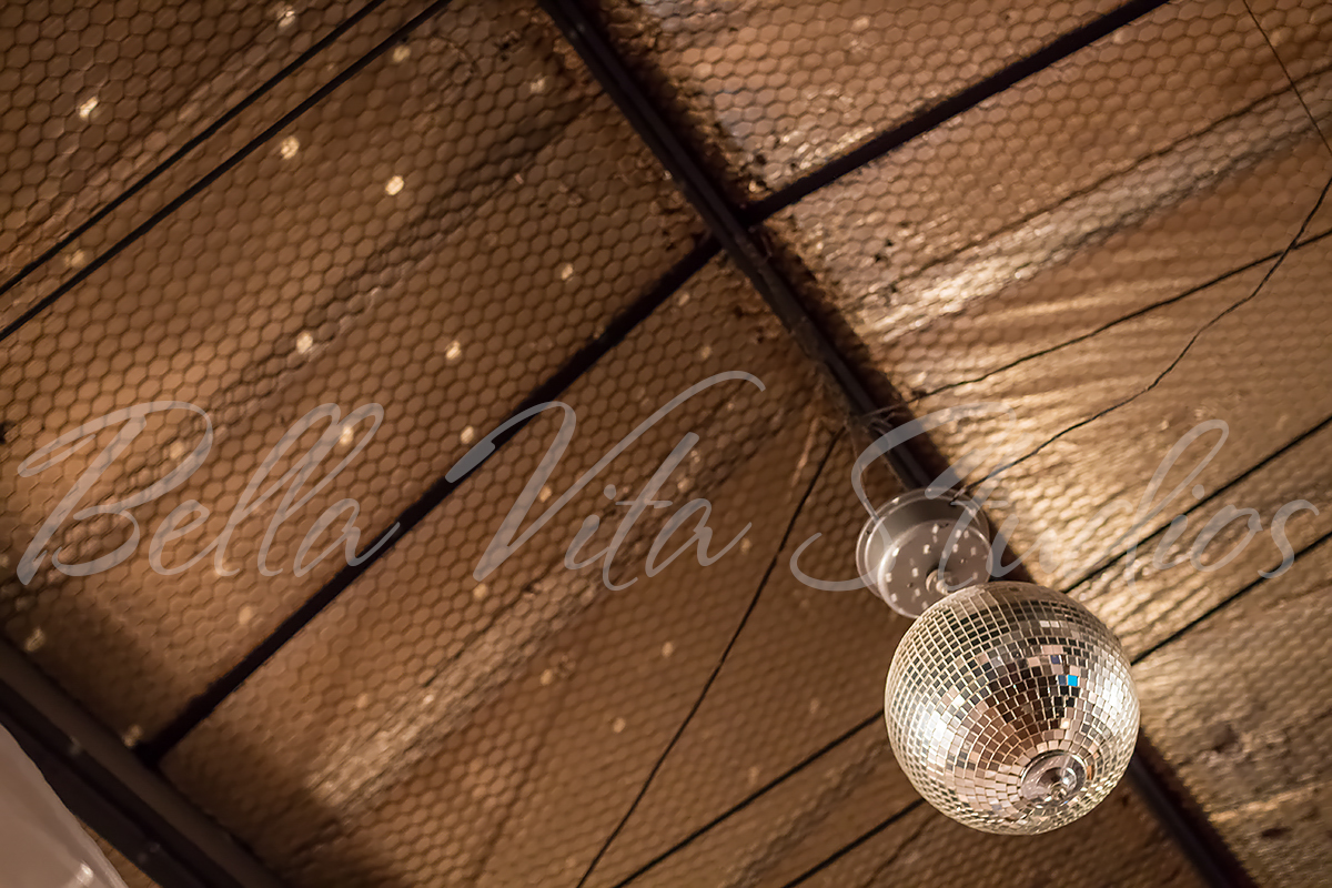 wedding-church-fort-wayne-reception-the-hayloft-hoagland-indiana-photographers-photography-1048