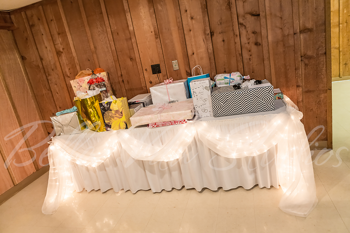 wedding-church-fort-wayne-reception-the-hayloft-hoagland-indiana-photographers-photography-1077wedding-church-fort-wayne-reception-the-hayloft-hoagland-indiana-photographers-photography-1077
