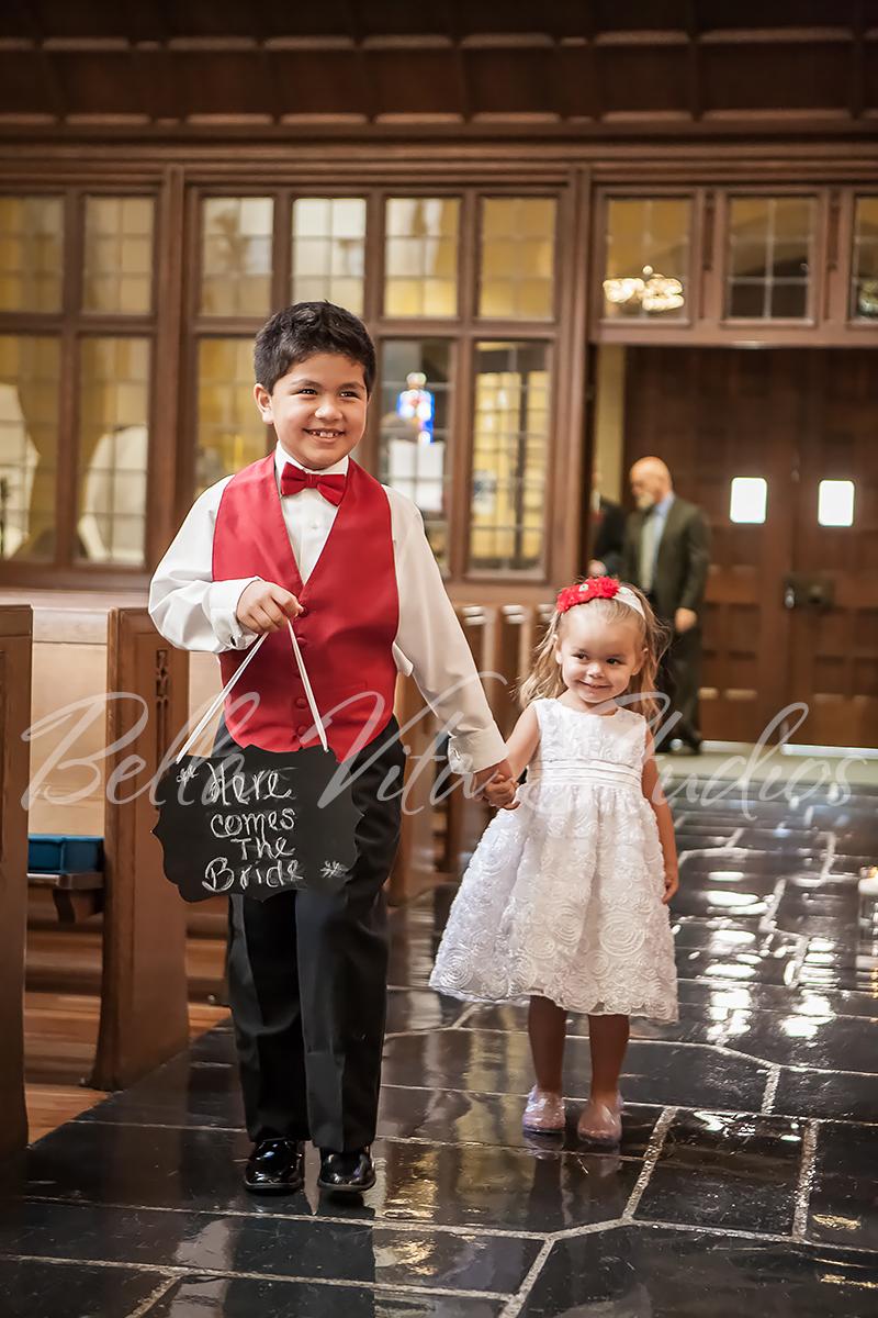 fort-wayne-wedding-photographers-photography-engagement-20140920-church-reception-1055