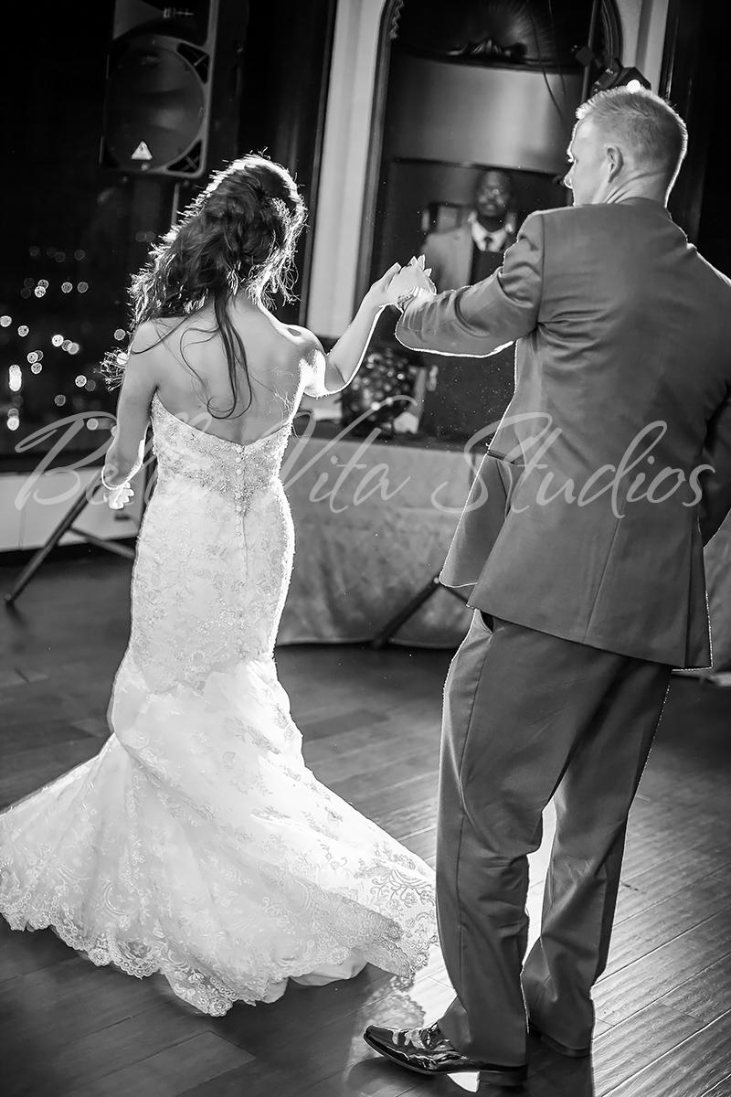 fort-wayne-wedding-photographers-photography-engagement-20140920-church-reception-1067