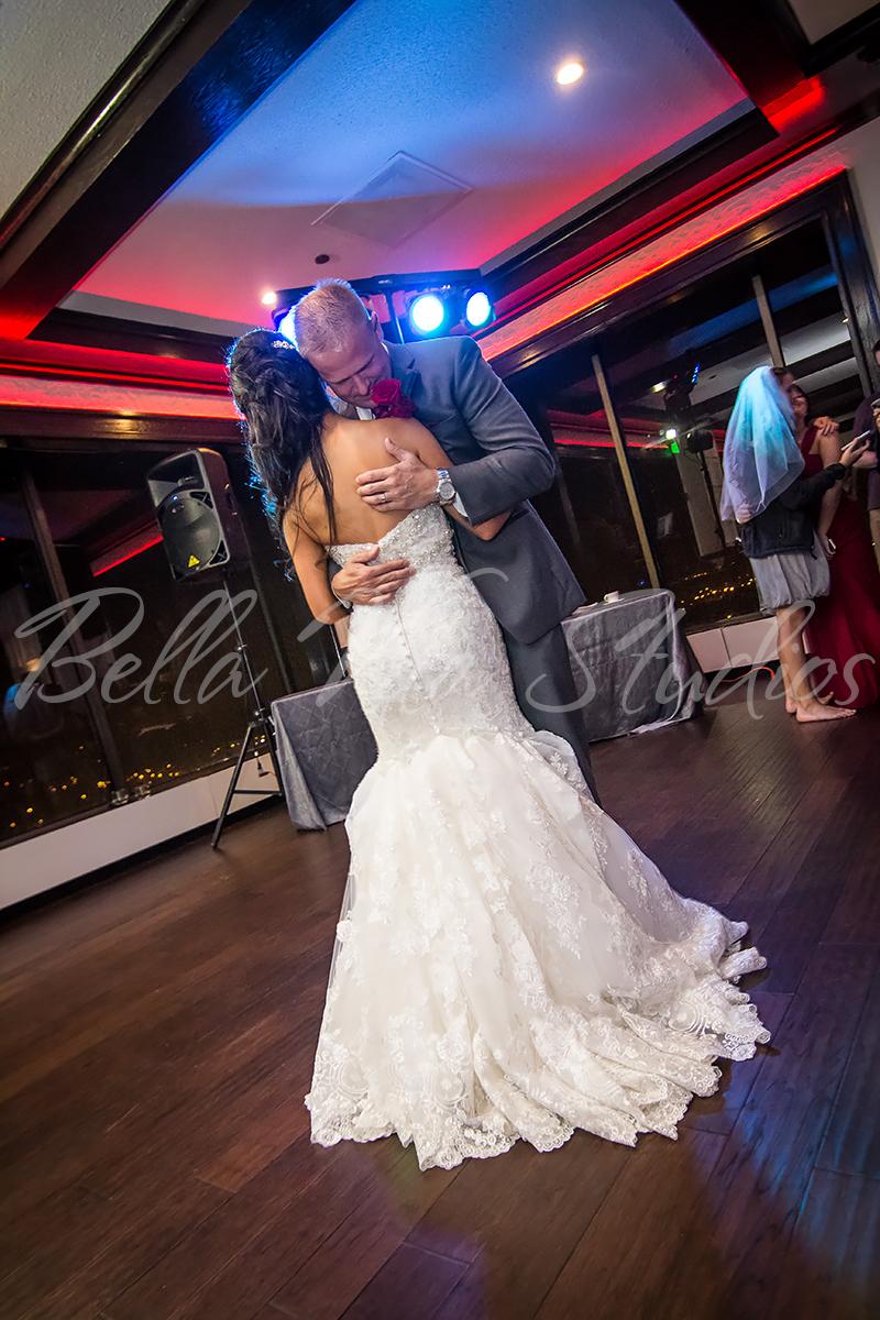 fort-wayne-wedding-photographers-photography-engagement-20140920-church-reception-1068