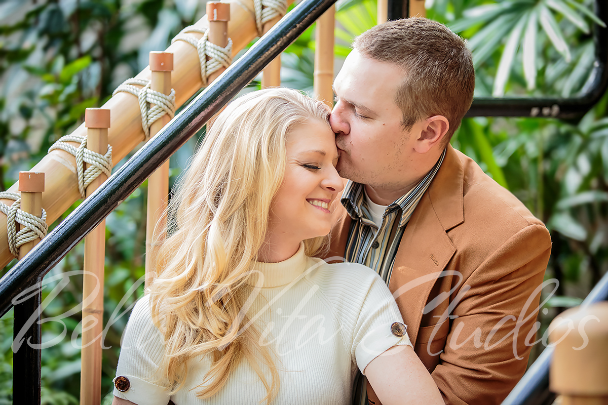 fort-wayne-wedding-photographers-photography-20150418-engagement-session-botanical-conservatory-downtown-1010