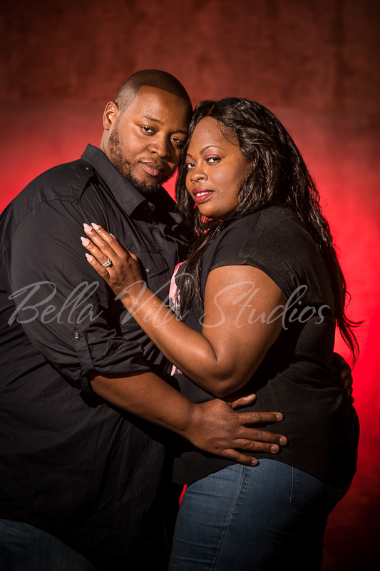 wedding-photographers-photography-in-fort-wayne-indiana-engagement-20150516-downtown-1017
