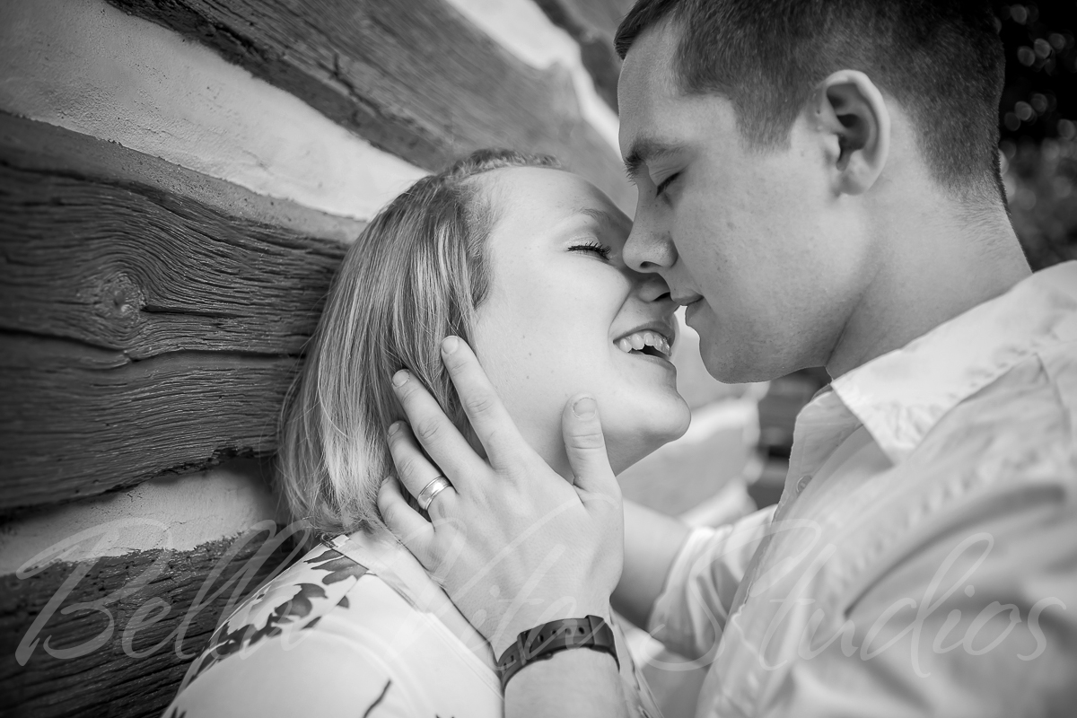 wedding-engagement-family-photographers-photography-fort-wayne-20150720-outdoor-session-1110