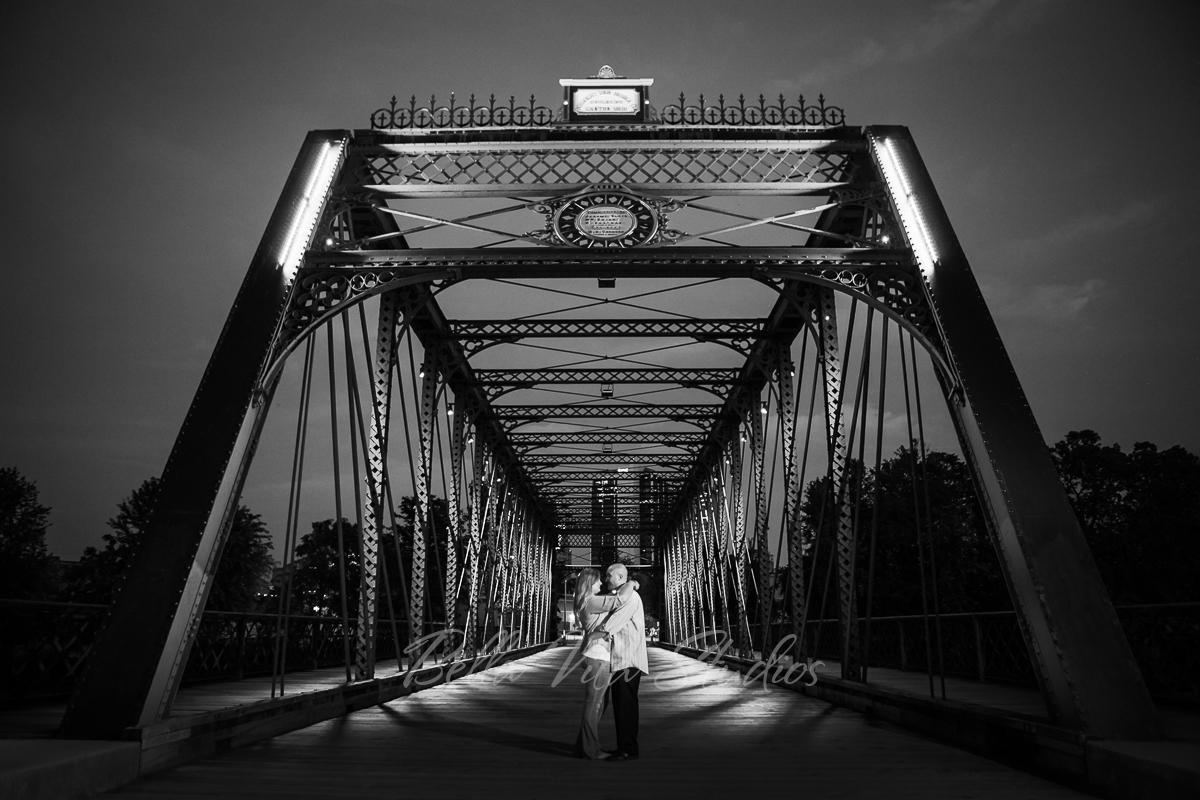 fort-wayne-wedding-photographers-photography-20150808-engagement-lakeside-park-ceremony-reception-1125