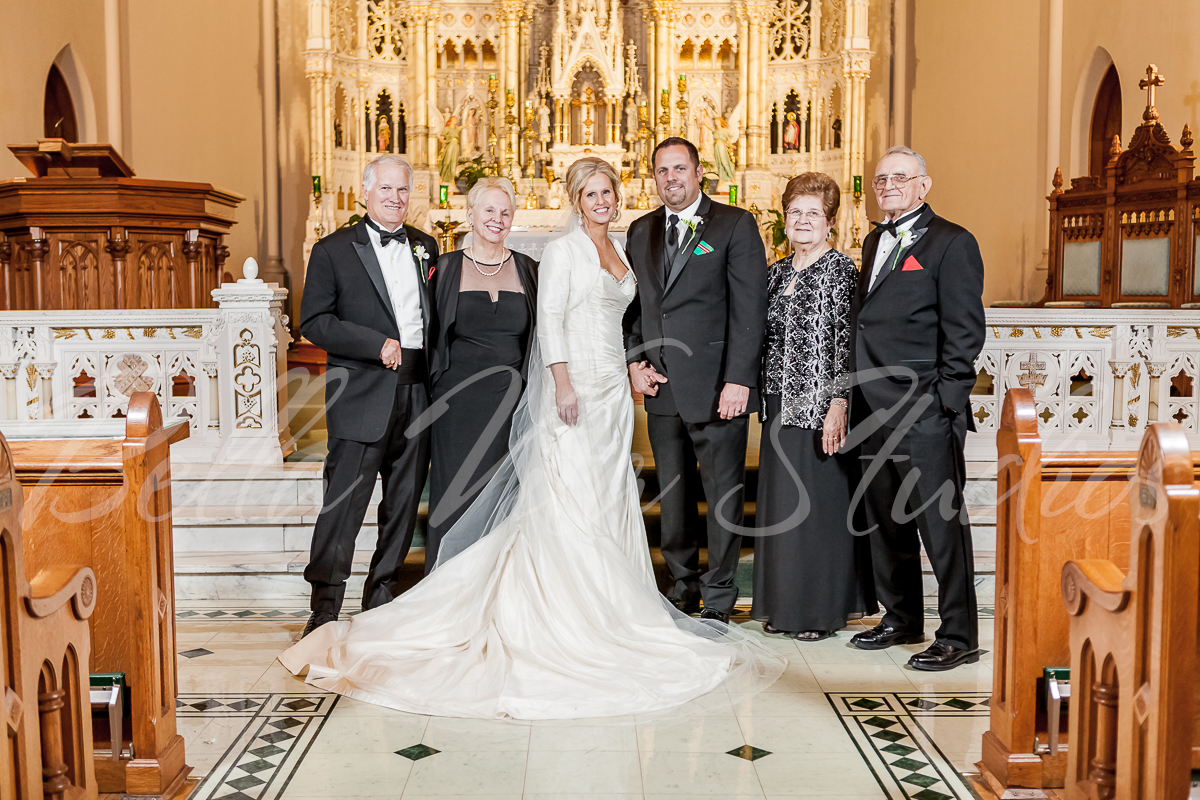 fort-wayne-catholic-wedding-church-reception-photographers-photography-baker-street-train-station-3133