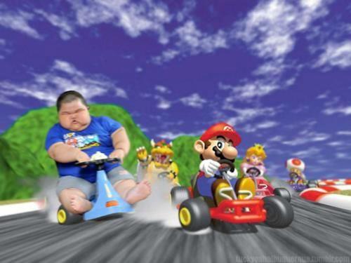 mario-and-a-random-fat-kid-mario-33328790-500-375.jpg