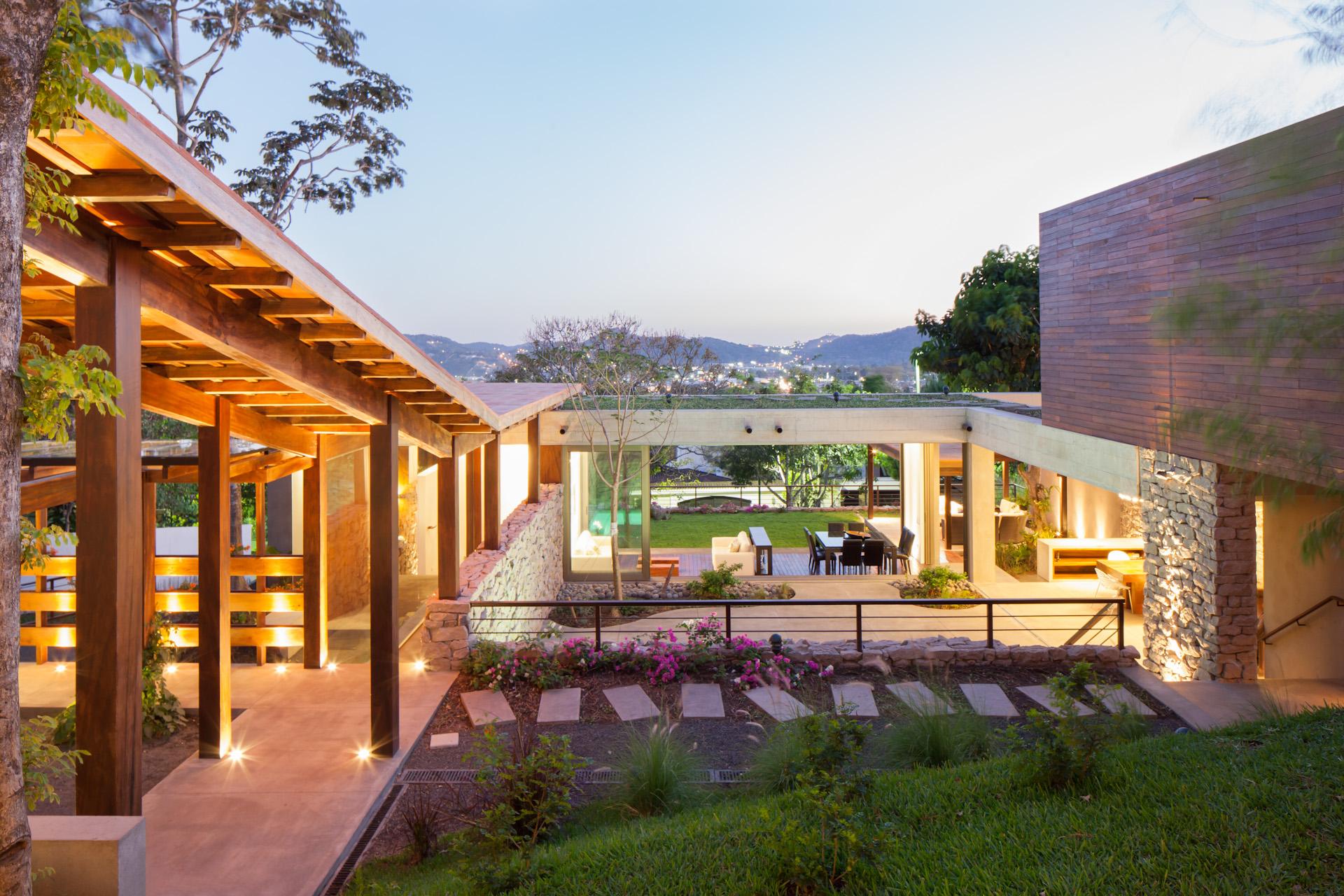 Architecture-Modern-Casa-Jardin-El-Salvador-Jason-Bax-16.JPG