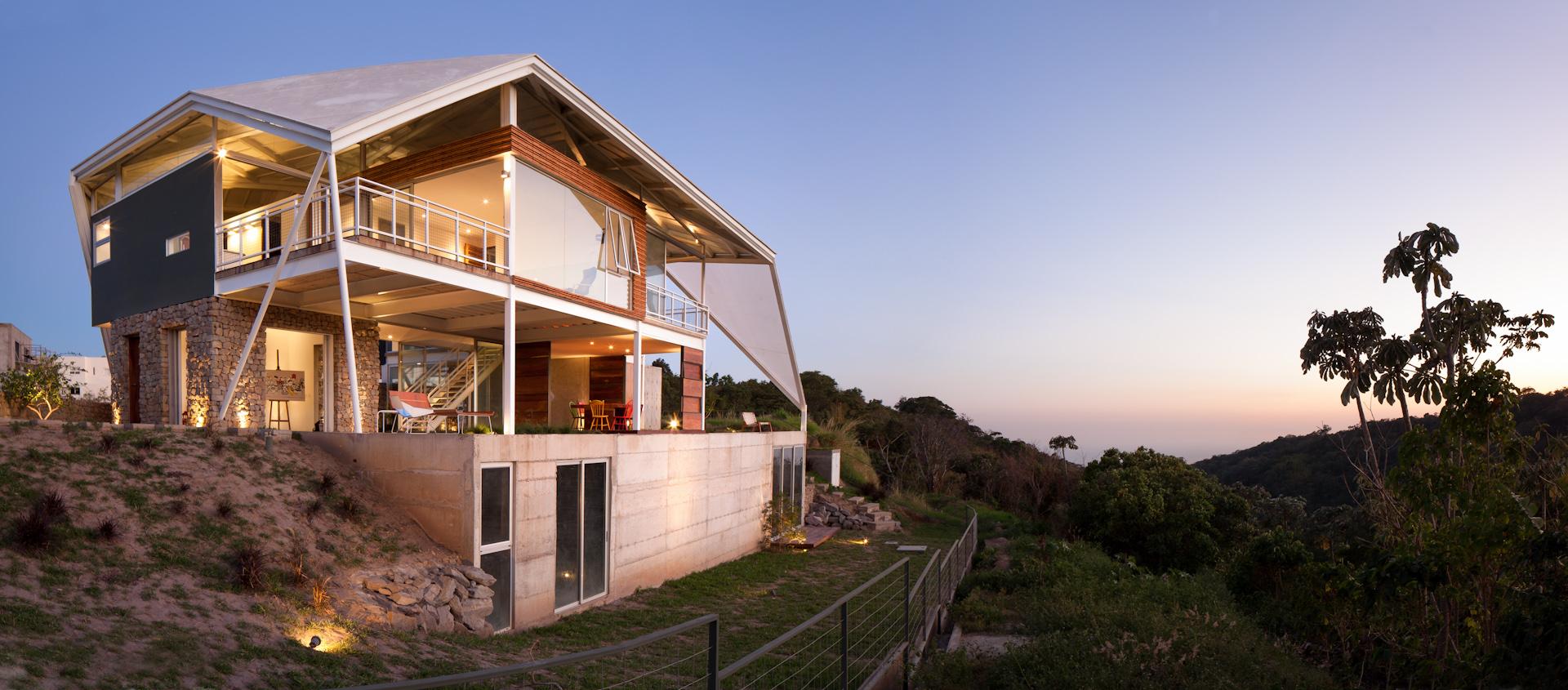 Architecture-Modern-La-Piscucha-El-Salvador-Jason-Bax-Dwell-05.JPG