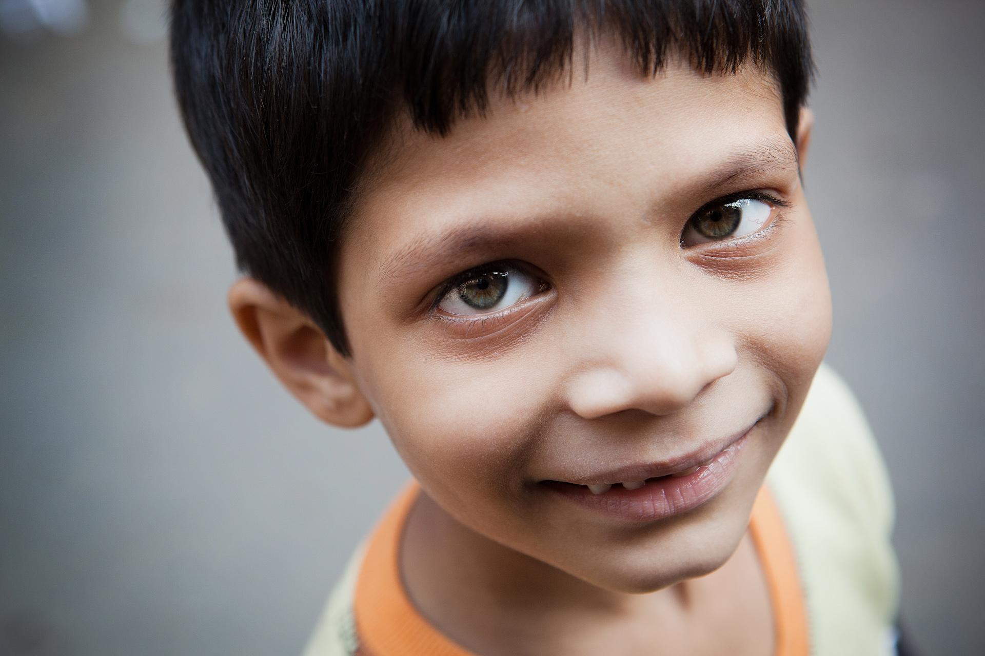 India-Travel-Rajasthan-Jodhpur-Child-Portrait-8.JPG