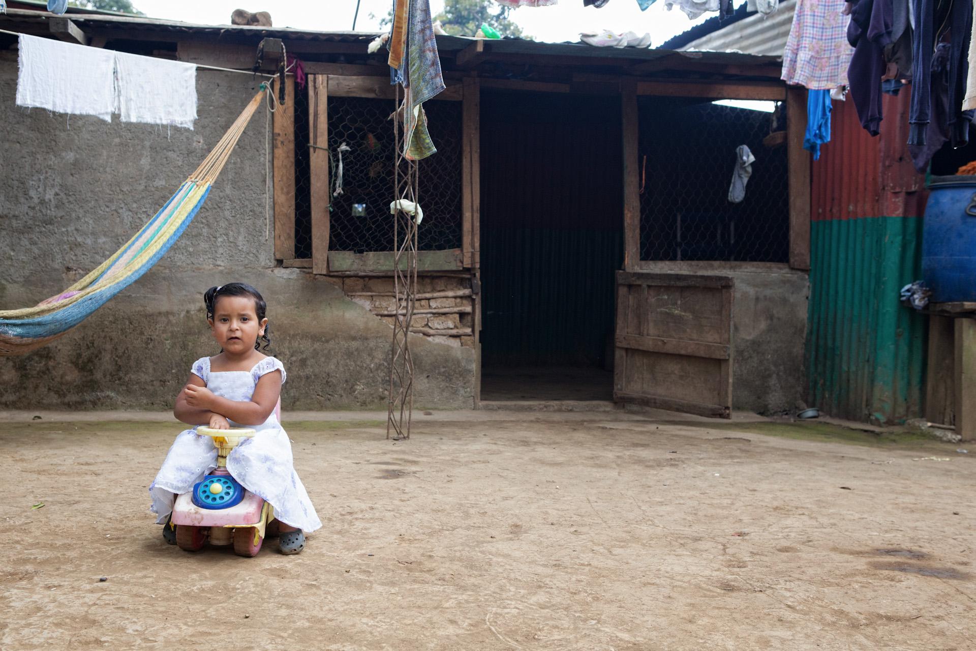 Humanitarian-Education-Contextos-El-Salvador-Apaneca-16.JPG