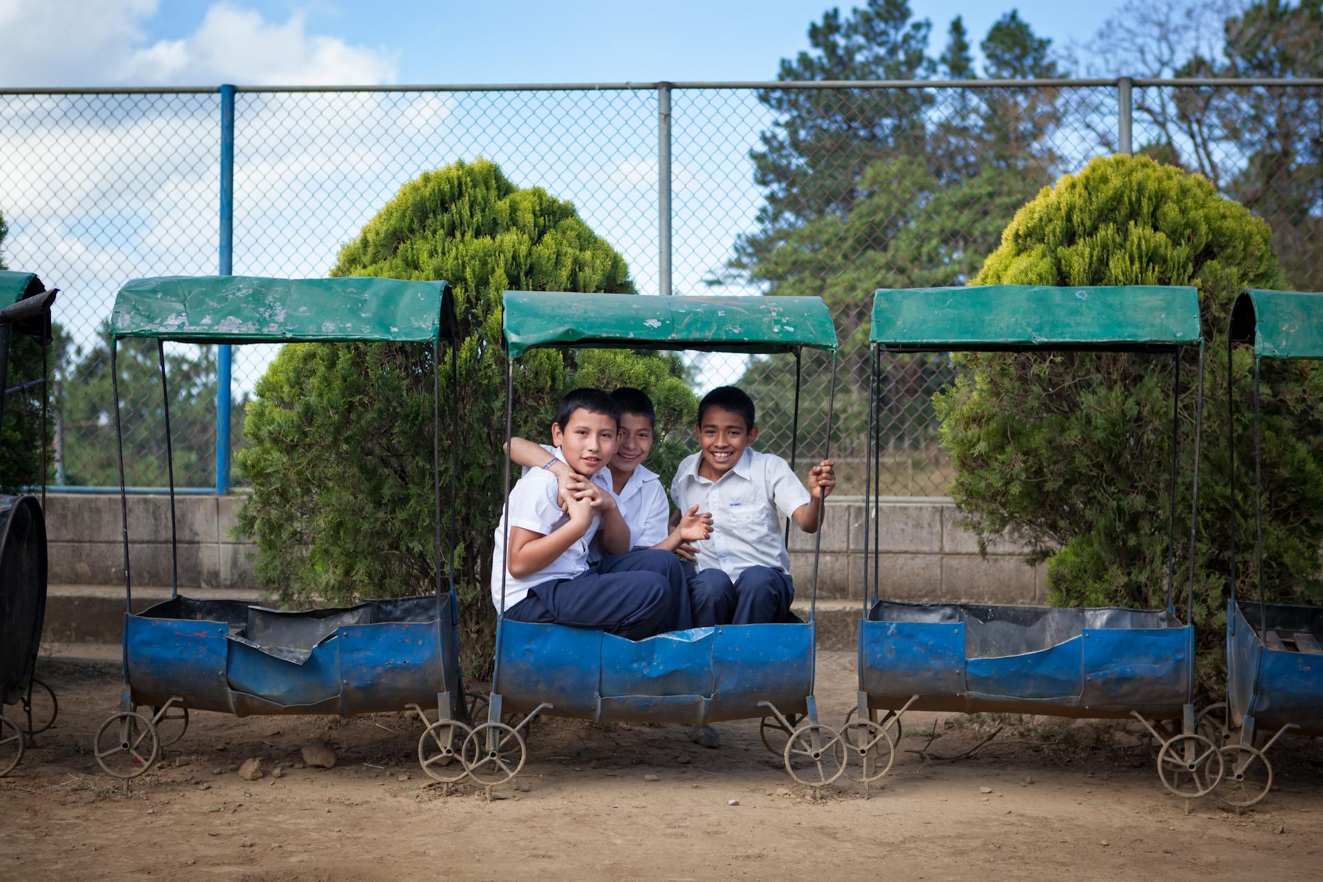 Humanitarian-Education-Contextos-El-Salvador-Children-03.JPG