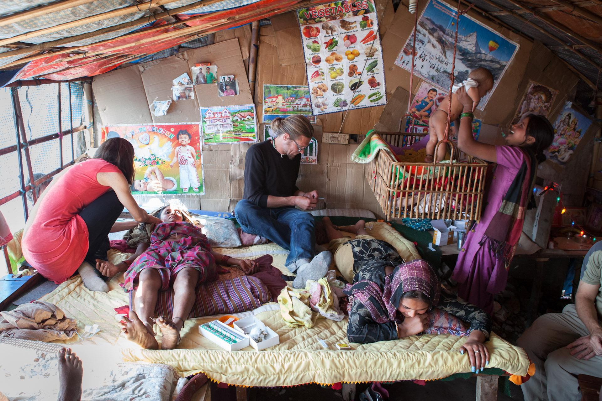 Humanitarian-Acupuncture-Mindful-Medicine-Nepal-Boudha-Boudhanath-14.JPG