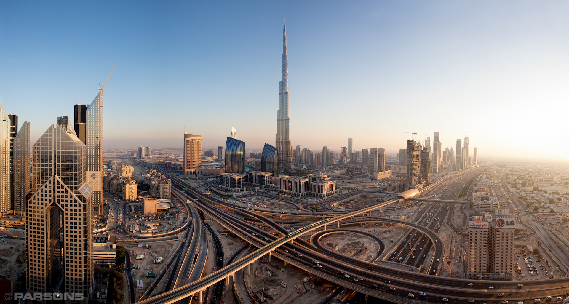 Civil-Engineering-Dubai-Metro-Skyline-Burj-Khalifa-UAE-Jason-Bax.JPG