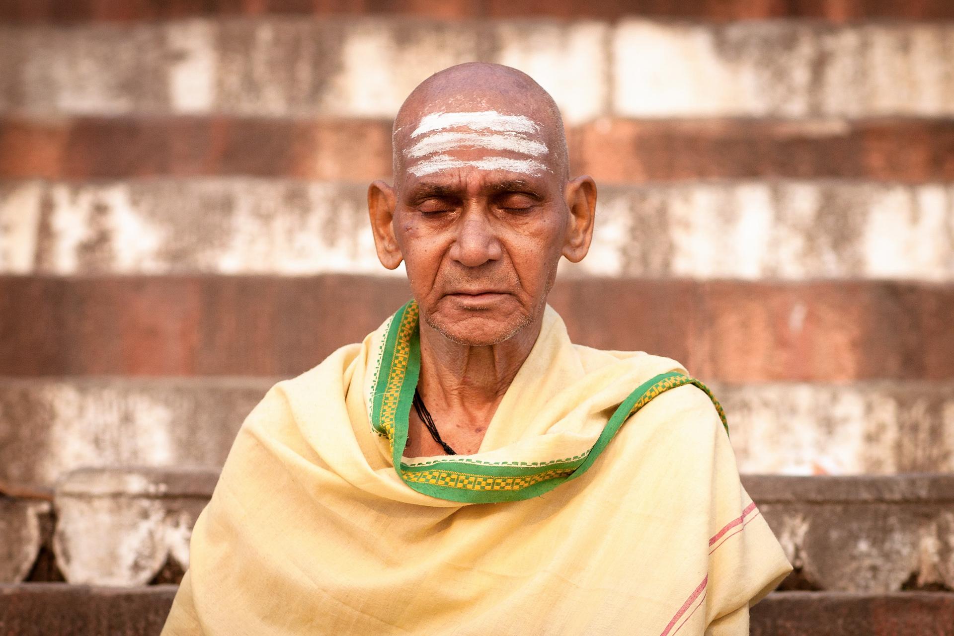 Jason_Bax_Travel_India-Varanasi-Portrait.JPG