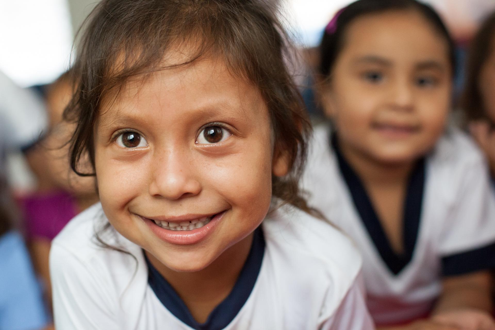 Humanitarian-Education-Contextos-El-Salvador-Corinto-2013_3.JPG