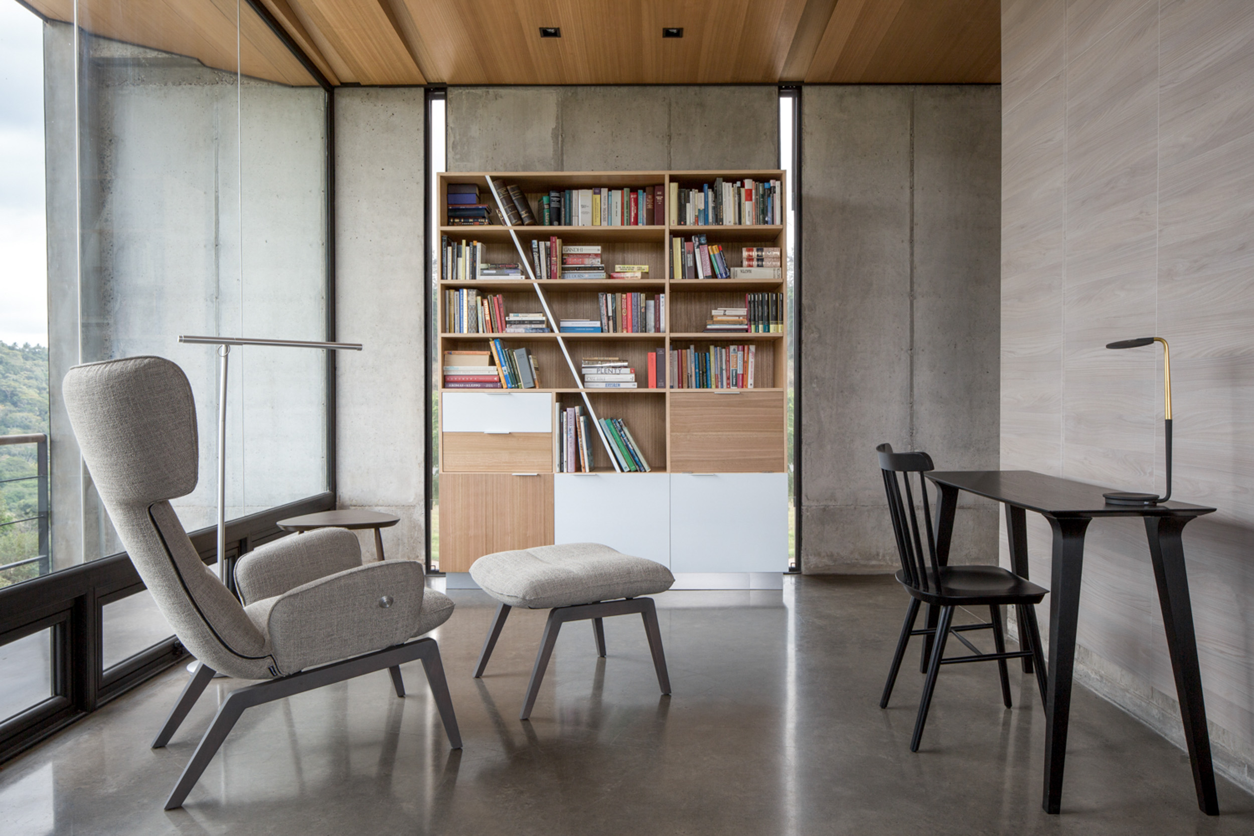 Jason_Bax_SQ_Architecture_El_Salvador_BAX1683_BOOKCASE.jpg