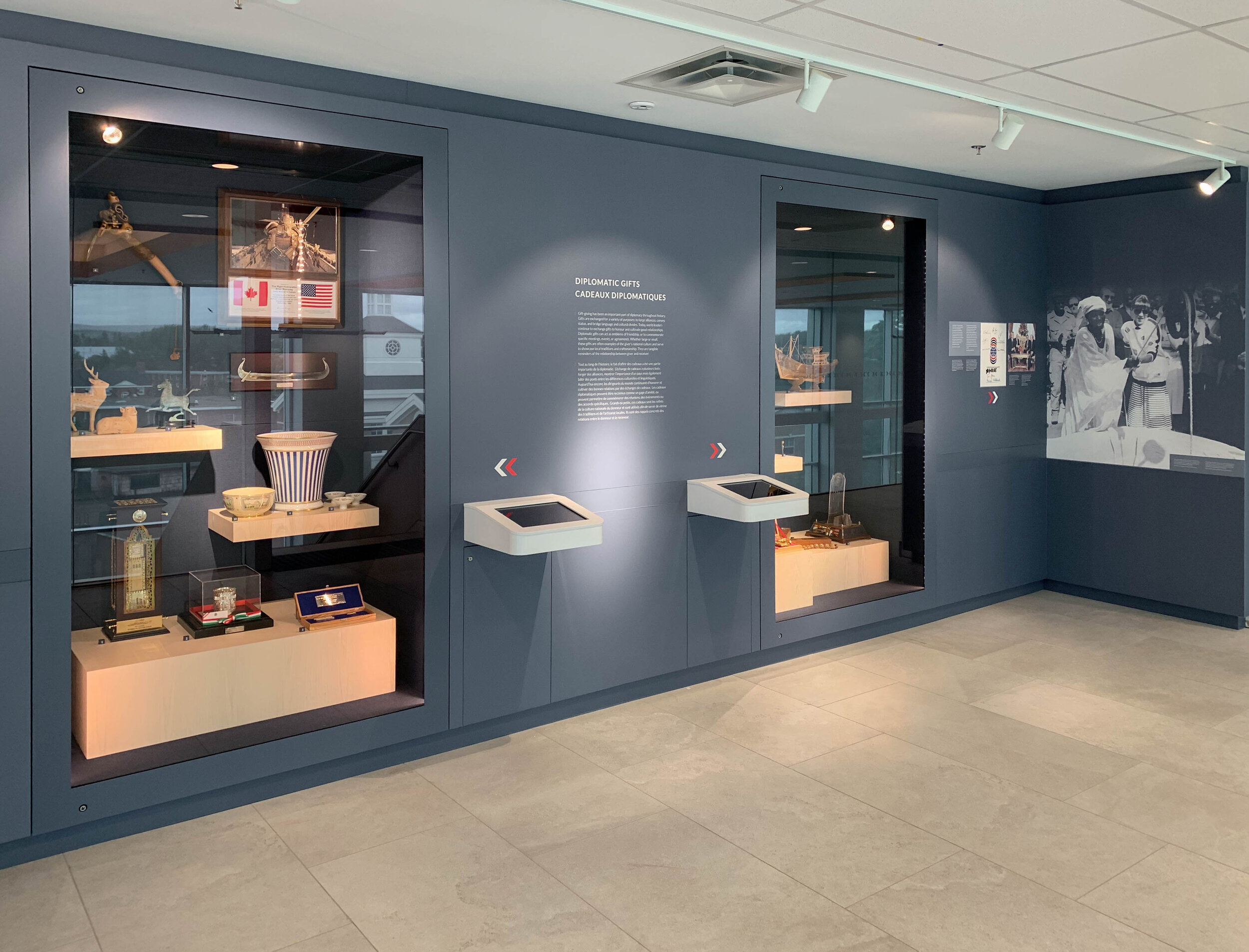 Small alcoves, pods, and walls throughout the building feature different themes and stories from Prime Minister Mulroney's years of public service.