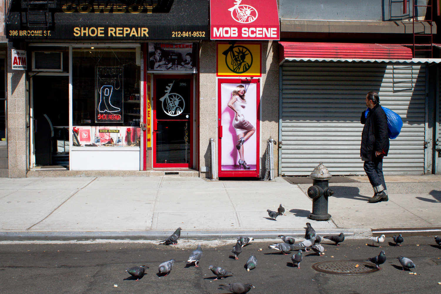 Encounter on Broome st, NYC, 2012