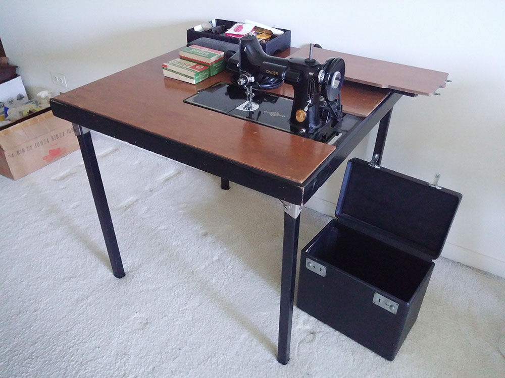 featherweight-forsale-table.jpg