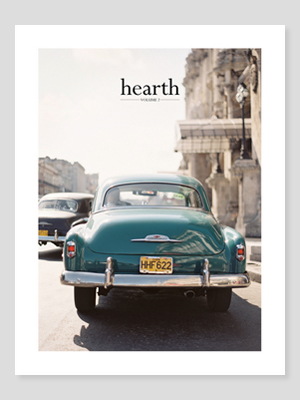 "Hearth Magazine // ""What Are You Reading: The Magazine Edition"" - jenniferesnyder.com/blog"