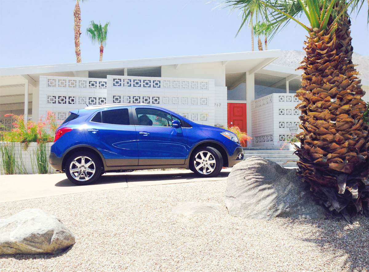 Palm Springs, California // Mid-century sight seeing in the Buick Encore