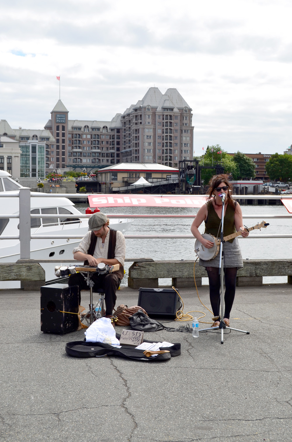 Go: The Victoria International Buskers Festival