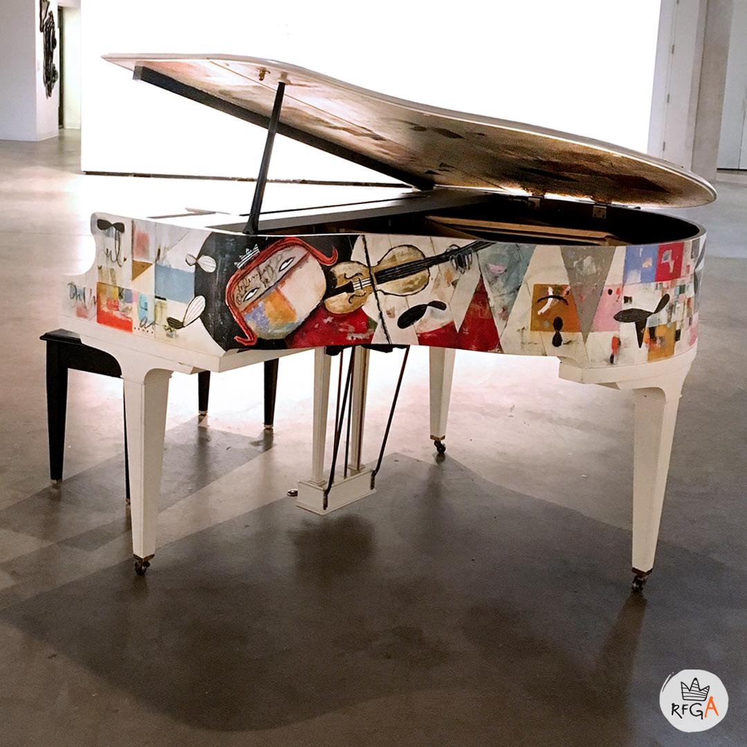 IG_Piano_Redline_2.jpg